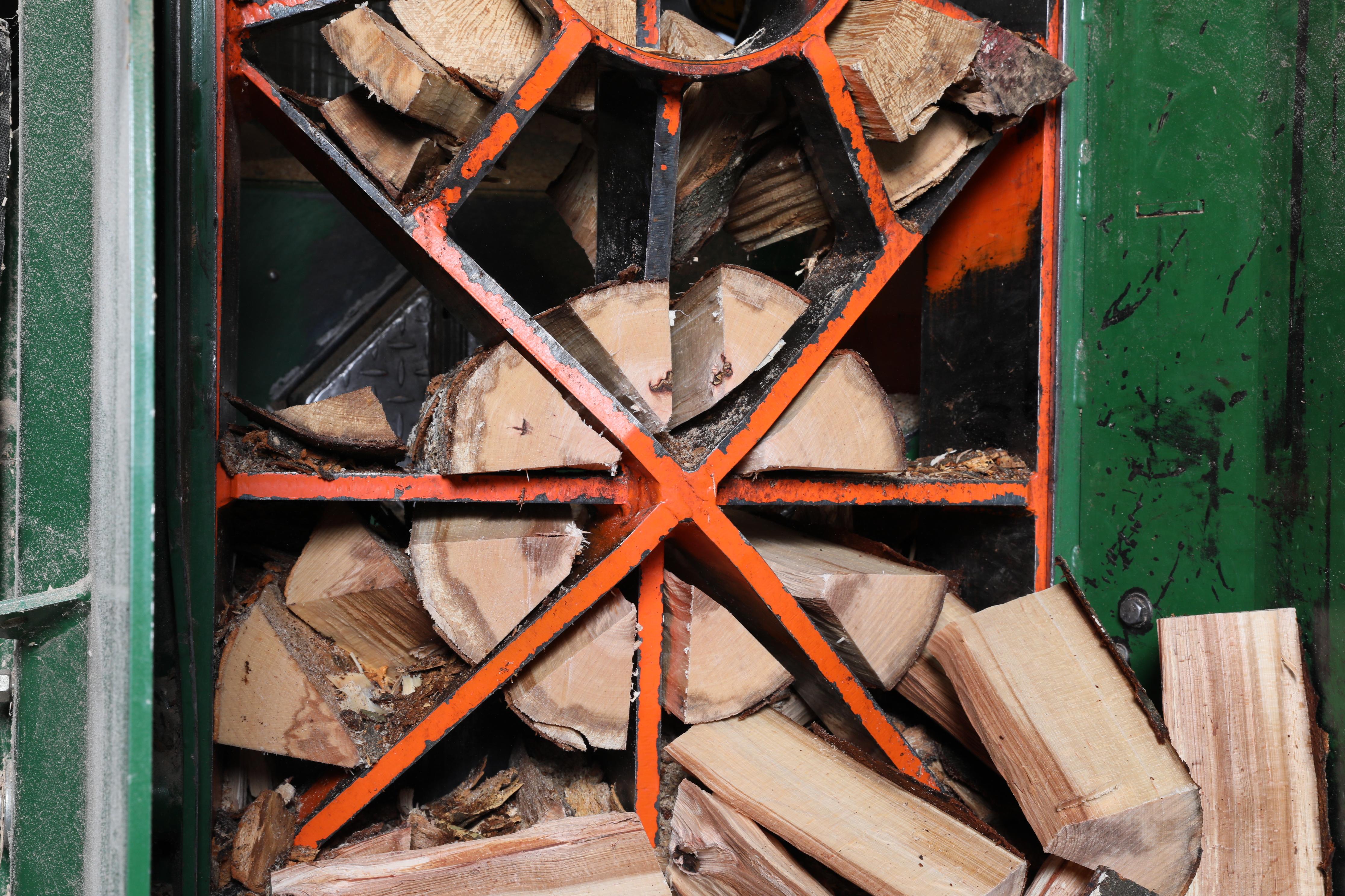 Herstellung von Scheitholz